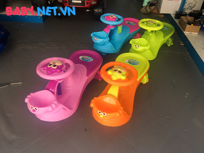 Xe lắc đồ chơi cho bé QT-8099B 1