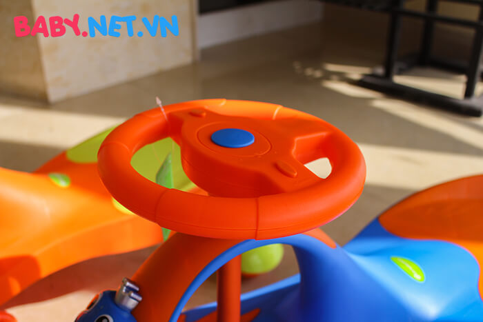 Xe lắc tay cho trẻ QT-8091 8