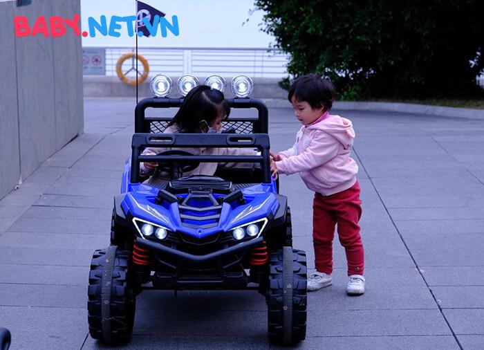 Xe địa hình chạy điện cho trẻ XGZ-1088 6