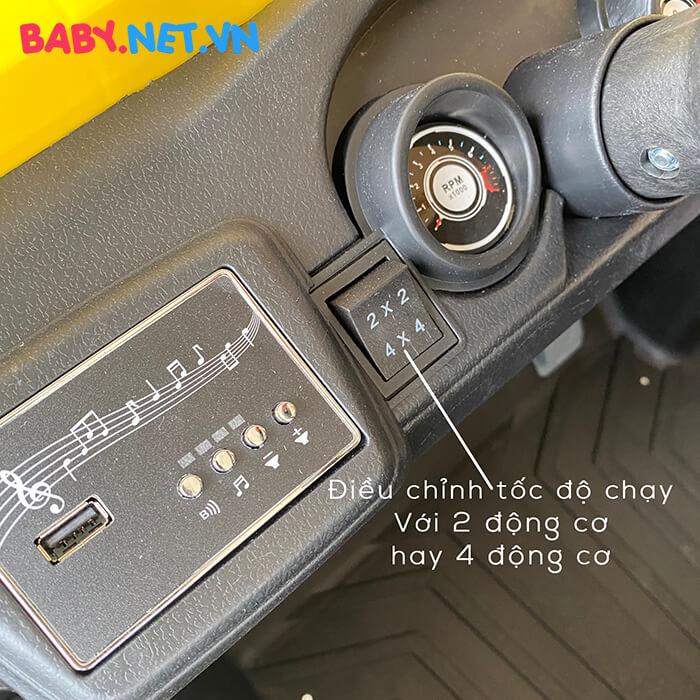 Xe ô tô địa hình chạy điện cho bé HC-301 12
