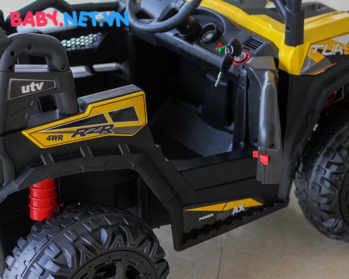 Xe ô tô địa hình chạy điện cho bé HC-301 13