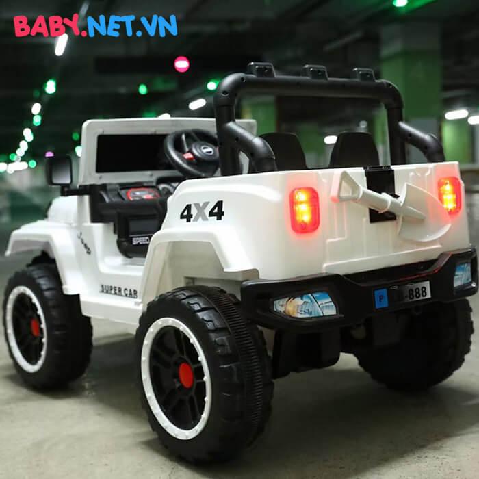 Ô tô chạy điện địa hình trẻ em LB-888 3