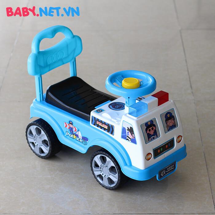 Xe chòi chân cho bé cảnh sát QX-3352 2