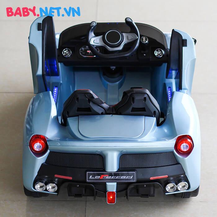 Xe hơi chạy điện trẻ em 7588 6