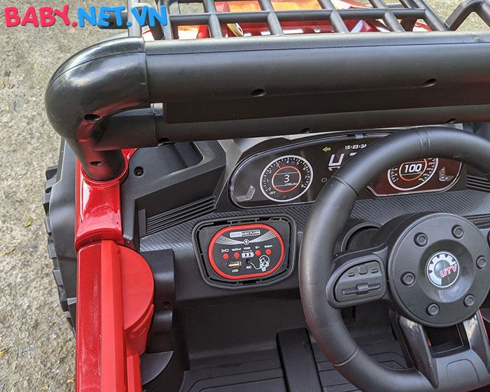 Xe ô tô trẻ em địa hình 4 động cơ UTV DLX-6188 24