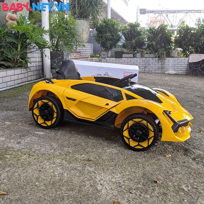 Xe oto điện Lamborghini TA-666 10