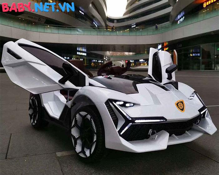 Xe oto điện Lamborghini TA-666 2