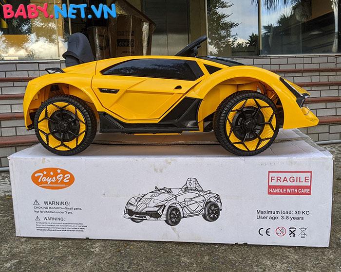 Xe oto điện Lamborghini TA-666 7